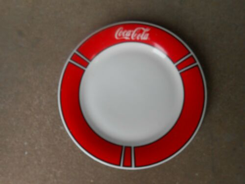 """GIBSON COCA-COLA 10.5"""" DINNER PLATE 1996   Red Border"""