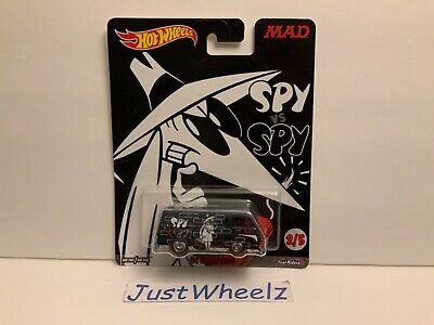 "Hot Wheels 2017 Pop Culture ""Mad Magazine"" Black '66 Dodge A100 w/ Real Riders"