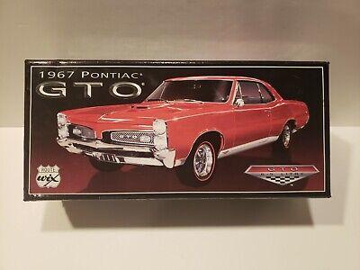 WIX FILTERS DIE CAST FACTORY BUILT CAR 1967 PONTIAC GTO [6.5 LITRE] 1/24 Scale