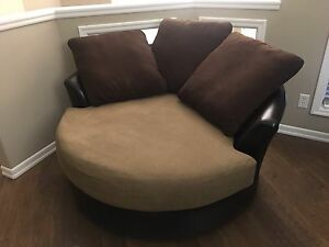 Large round cuddler chair / sofa