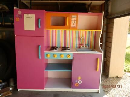 CHILD KITCHENETE Arundel Gold Coast City Preview