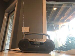 SONY CFD-S05 CD/Radio/Cassette Recorder