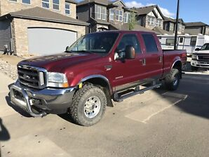 2004 F350 Lariat - low km - one owner