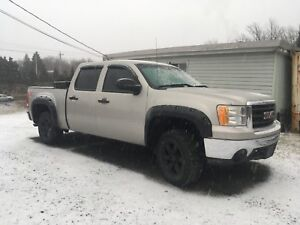 2007 GMC SIERRA 1500 Z71 4X4, LOW KMS, GREAT SHAPE