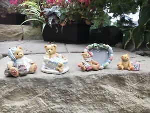 16 Cherished Teddies collectables
