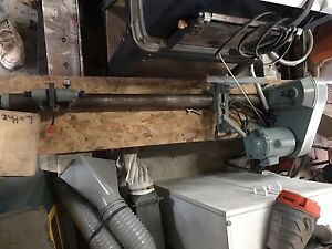 KING WOOD LATHE 3680 RPM 37""
