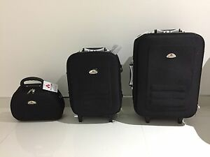 3 piece carry on luggage set Horsley Park Fairfield Area Preview