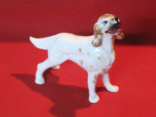Vintage porcelain Brittany or Springer Spaniel hunting dog figurine