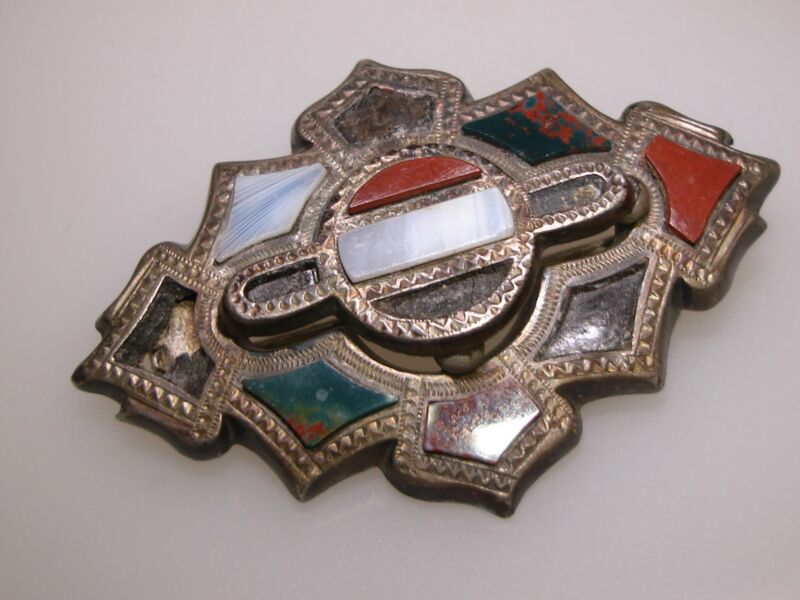 BEAUTIFUL ANTIQUE VICTORIAN SILVER SCOTTISH INLAY AGATE BROOCH!