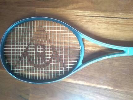 Tennis racquet Dunlop Max 2000