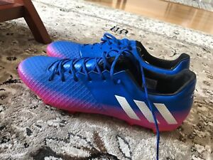 BRAND NEW SOCCER CLEATS SELLING FOR CHEAP!!