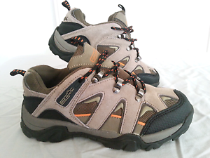 Kids Hiking Trekking Boots Shoes - Size 3 - Boys or Girls Buderim Maroochydore Area Preview