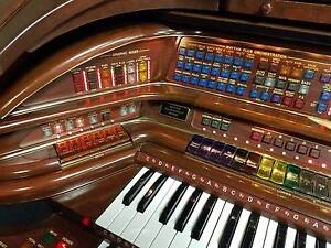 LOWREY ROYALE SU500 ORGAN A FlagShip model w/matching Bench Burwood Whitehorse Area Preview