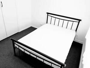 Safe Private Bedroom -Shops/Bus/train 2min WALK!! Near Yarraville