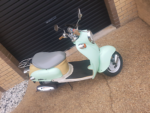 VMOTO Milan JX50  2007 model Moped Scooter in Frenchville Frenchville Rockhampton City Preview