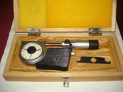 Feinmesszeugfabrik Vintage Cased Vernier Micrometer