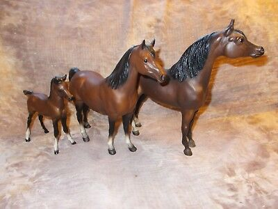 Vintage Breyer Proud Arabian Stallion,Mare & Foal Matte Mahogany Bay..lot (3)