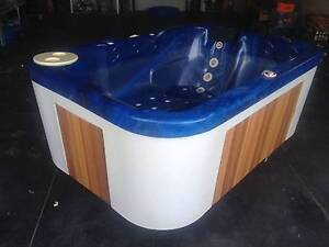 FREEDOM PATIO 3 SEATER PORTABLE SPA Doubleview Stirling Area Preview