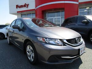 2015 Honda Civic LX w/ Heated Seats, A/C, Bluetooth