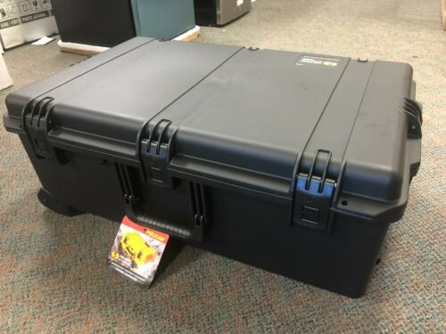 Pelican Storm IM2950 Case with Pull Handle and Wheels