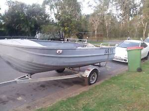 Clark Alloy 1988 Heavy duty Boat for sale 4.3 Kingston Logan Area Preview