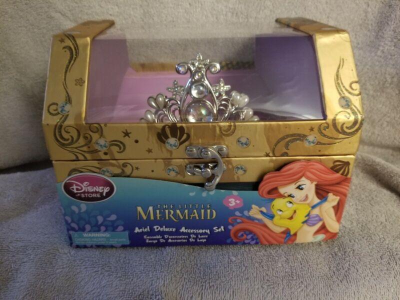 NIB Disney Store Princess Little Mermaid Ariel Deluxe Accessory Tiara Necklace