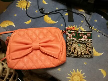 Suit case and 3 other bags  Woodberry Maitland Area Preview