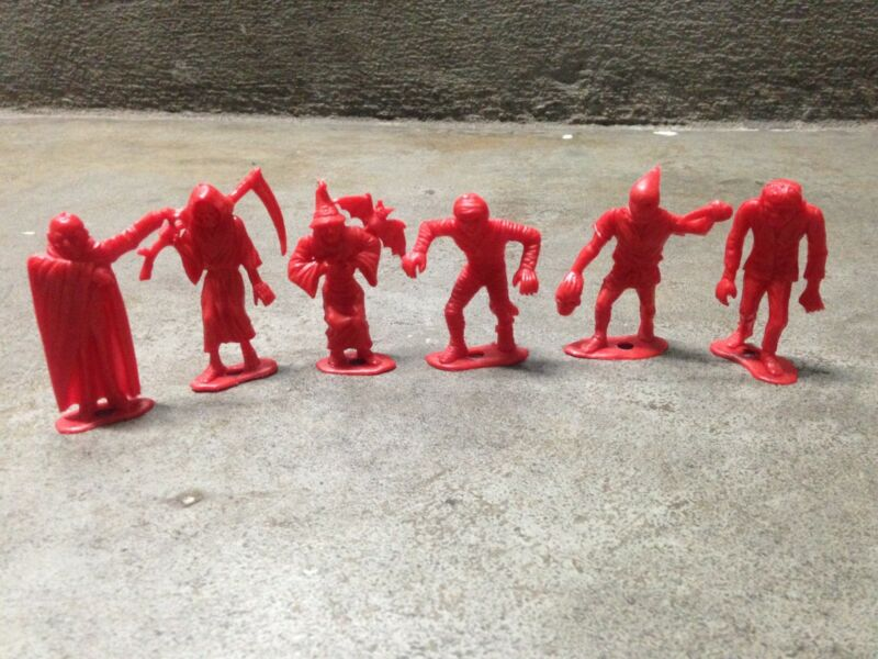 VINTAGE 1960s MPC TOY MONSTERS LOT of 6 RED CHECKERS SET FIGURES