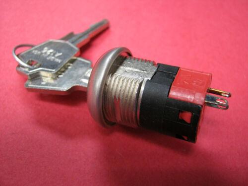 C&K Switch Key Lock Y Series 4 Amp, 125V