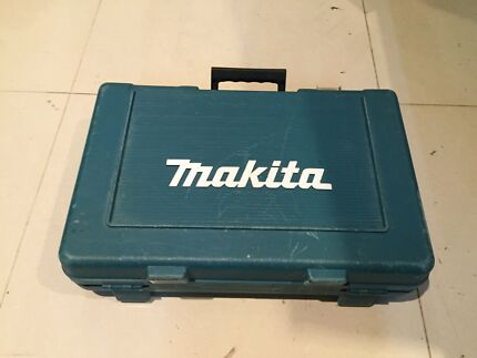 Makita drill with 2 batteries and charger Yagoona Bankstown Area Preview