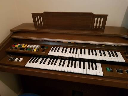 Organ in adelaide region sa musical instruments gumtree yamaha organ excellent condition fandeluxe Choice Image