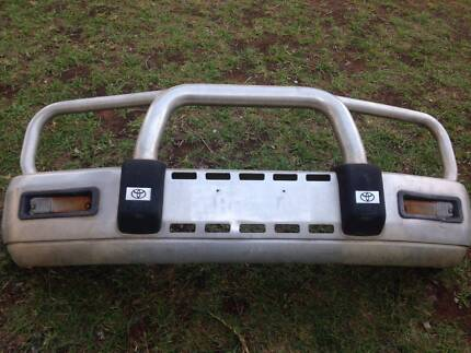 Toyota Hilux ALLOY BULLBAR SUIT 140/145 SERIES FROM 9/2001 ONWARD Pike River Renmark Paringa Preview