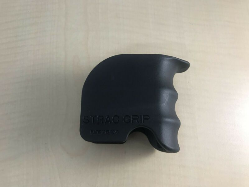 STRAC TECH type Magwell grip New