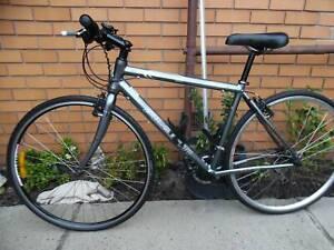 avanti blade racer sports road bike tyre size 28' (700x280)