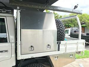 79 Series dual cab tray/canopy combo Miami Gold Coast South Preview
