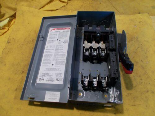 SQUARE D H361 3 POLE FUSED DISCONNECT BOX electric enclosure 30 AMP 600VAC