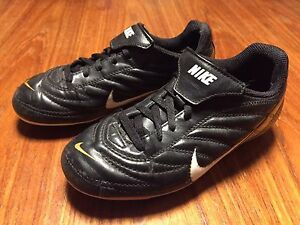 Nike Kids Outdoor Soccer Shoes