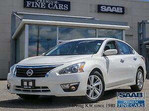 2014 Nissan Altima SV  Navigation/PowerSunroof/Heated Seats