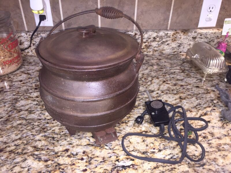 VINTAGE VERY RARE HOUSE OF WEBSTER COUNTRY CHARM CAST IRON ELECTRIC BEAN POT