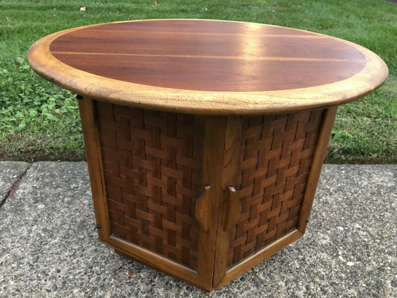 Mid Century Modern Lane Perception Round Side End Coffee Table Cabinet