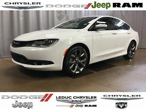 2016 Chrysler 200 S SPORT LEATHER SEATS SUN/SOUND GROUP COMFORT