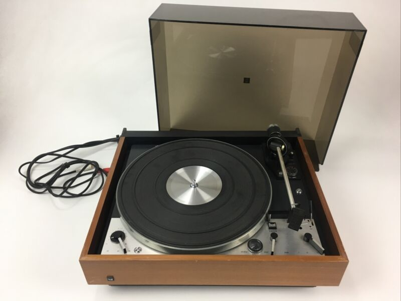 Vintage Dual 1229 Turntable - United Audio, working well, no sled or cart