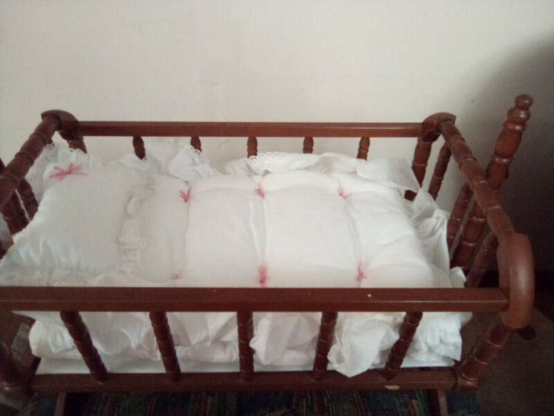 Vintage Premier Deluxe Jenny Lind DOLL Crib & Cradle bed swings - solidly built
