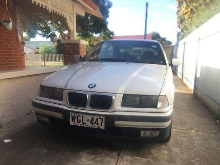1999 BMW E36 316i White Sedan