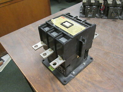 Abb Contactor Eh 175 120v Coil 190a 600v Chipped Side Used