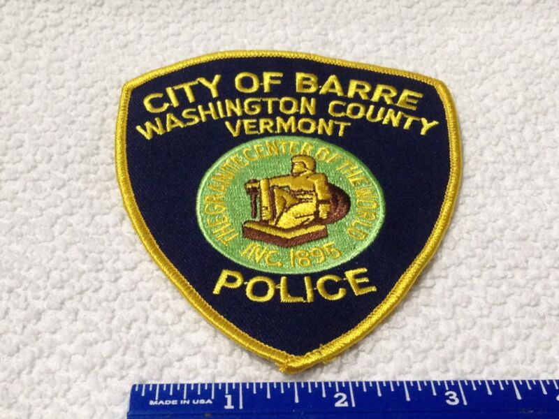 CITY OF BARRE WASHINGTON  COUNTY VERMONT POLICE  SHOULDER PATCH