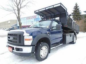 2010 Ford F-450 ONLY 45250km,12ft dump body,Triton power.