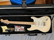 2013 USA Standard Fender Stratocaster Electric Guitar Merrylands Parramatta Area Preview