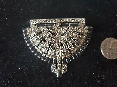 - Vintage  Metal Pin -MARCASITE IN CENTER WHITE COLOR