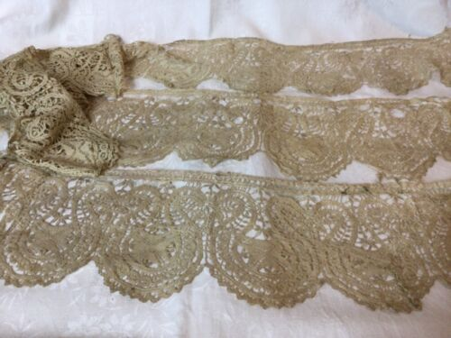 STUNNING LOT OF ANTIQUE HAND MADE LACE. SHAWL,